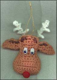 Free Reindeer Head Ornament Pattern - Christmas Tree Decoration. ☀CQ #crochet #christmas