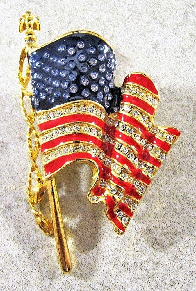 MONET UNITED WE STAND 9-11 AMERICAN FLAG RHINESTONES ENAMEL GOLD TONE BROOCH PIN