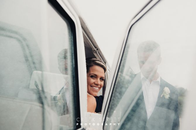 Kombi with Bride and Groom