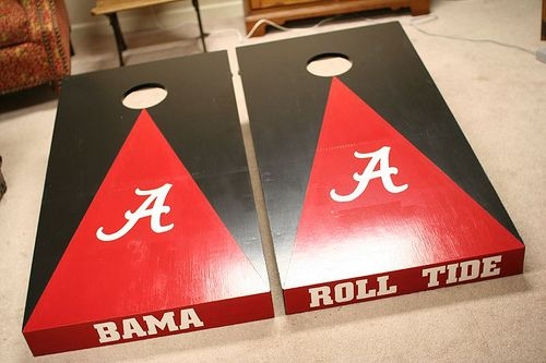 I like this design also, but I don't think my cornhole boards are that thick.