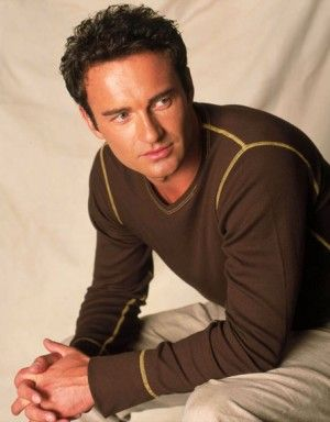 I know I know, everyone thinks of him from Nip Tuck, but he will ALWAYS be Cole from Charmed to me. :-)