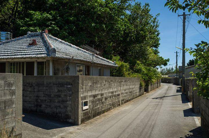 Good old cinderblock homes!