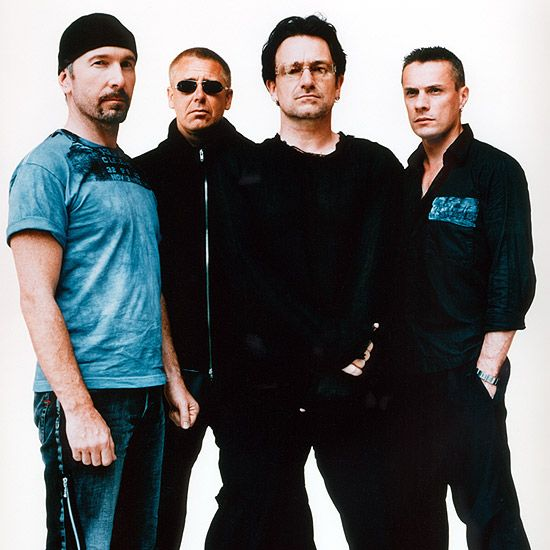 U2, a very popular rock band, announced that Research in Motion / BlackBerry will sponsor their upcoming 360° Tour.
