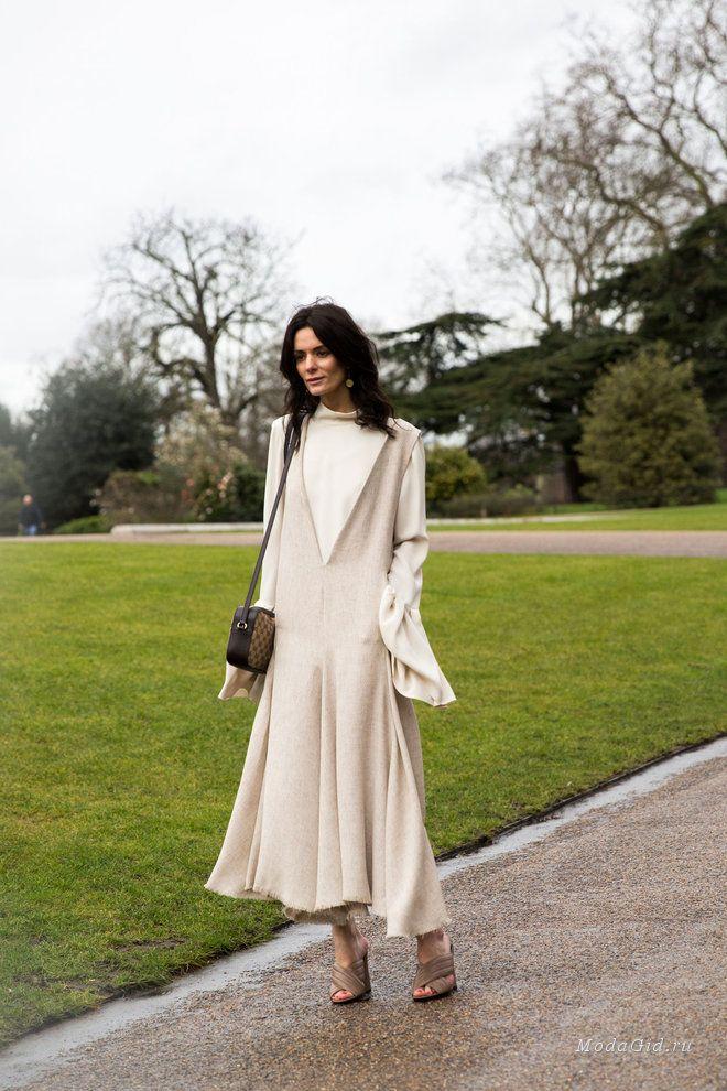 Уличная мода: Уличная мода Лондона на неделе моды сезона осень-зима 2016-2017