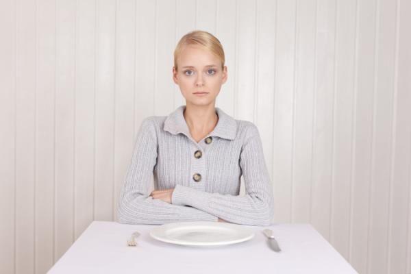 Tu madre tenía razón: saltarse una comida te puede hacer mucho daño, según un estudio - Yahoo Tendencias España