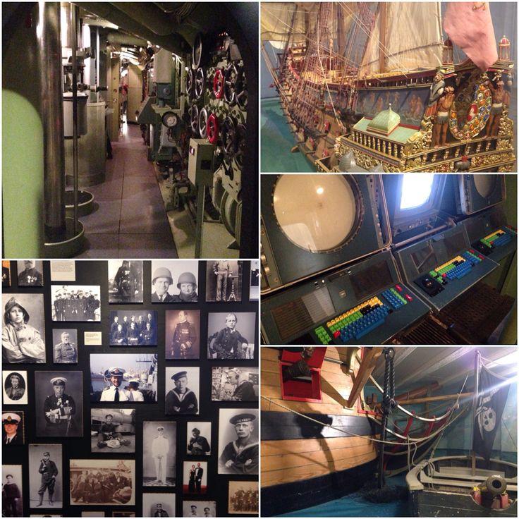 Orlogsmuseet på Christianshavn. Kom ind i en Ubåd, op i et piratskib, ind i en kahyt. Prøv kostumer, se alverdens udstillingsmodeller af skibe og gå på opdagelse i historien. Der er gratis entre og det ligger med udsyn lige ned til Christianshavn Kanaler.
