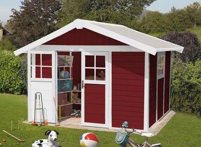 Recyclable à 99%, cet abri est design et pratique : suffisamment grand pour accueillir tout type de rangement.