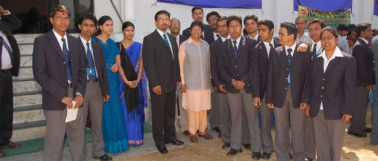 Pursue degree with Inmantec the top BBA colleges in Delhi NCR. Inmantec builds a perfect platform for high value post graduate programs and focus on student learning outcomes by different transformational methods. http://www.authorstream.com/inmantecinstitute
