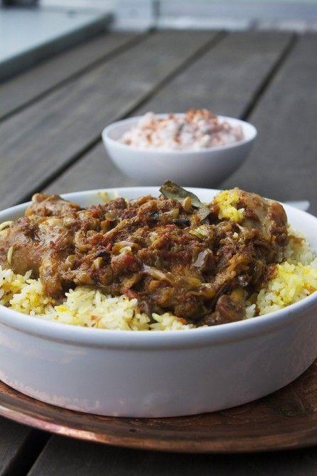 Yakhni Pulao // Kylling og ris på pakistansk