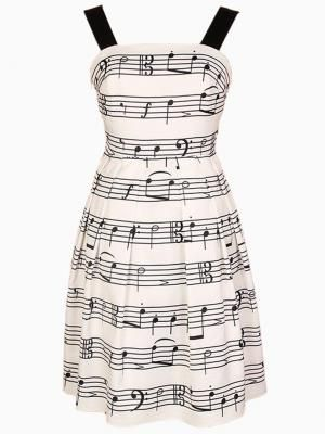 Music dress -- too bad it's not really accurate...
