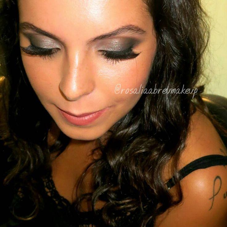 Maquiagem para festa de formatura, por Rosália Abreu - Instagram: @rosaliaabreumakeup