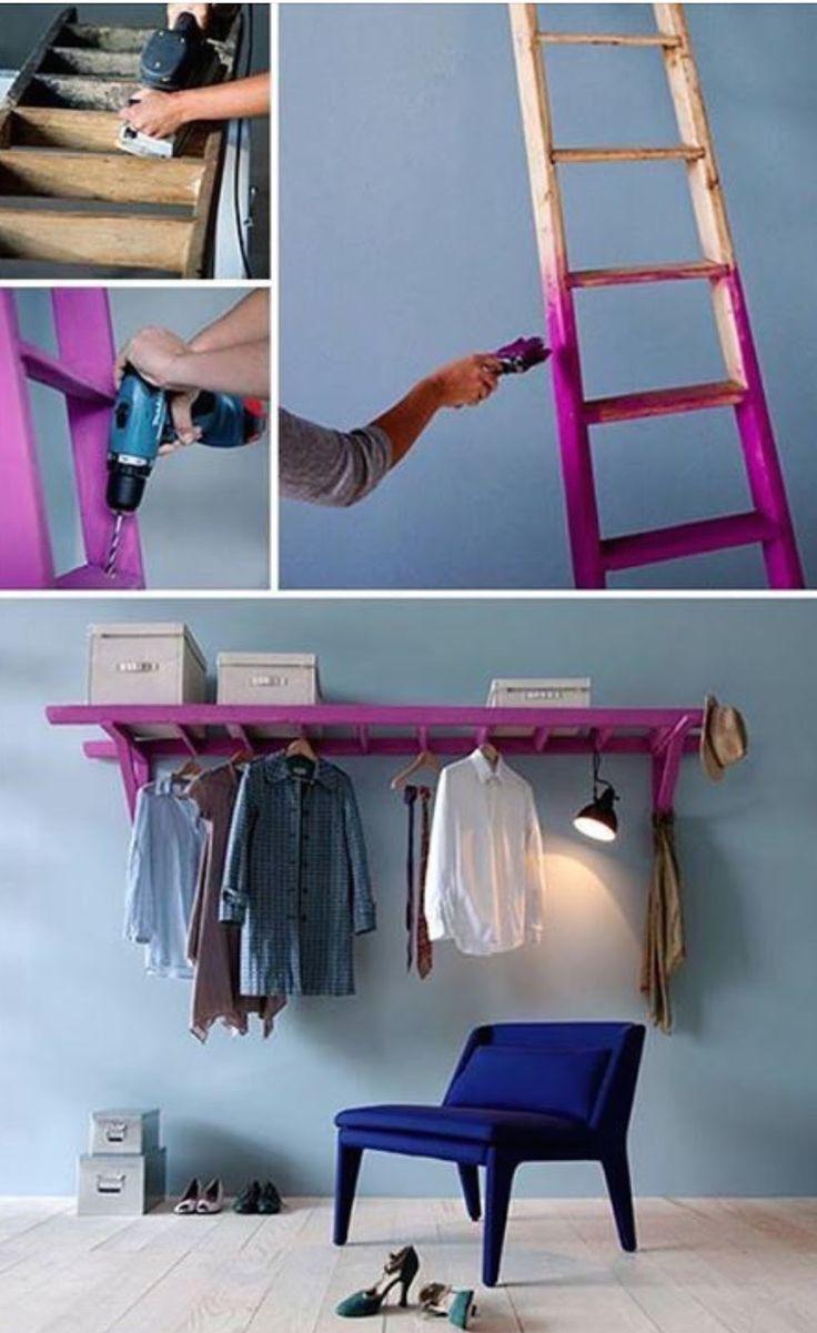 En stege kan bli en fin och funktionell förvaring.   Börja med att slipa ner och tvätta av stegen.  Välj sedan en färg som du gillar, måla ...