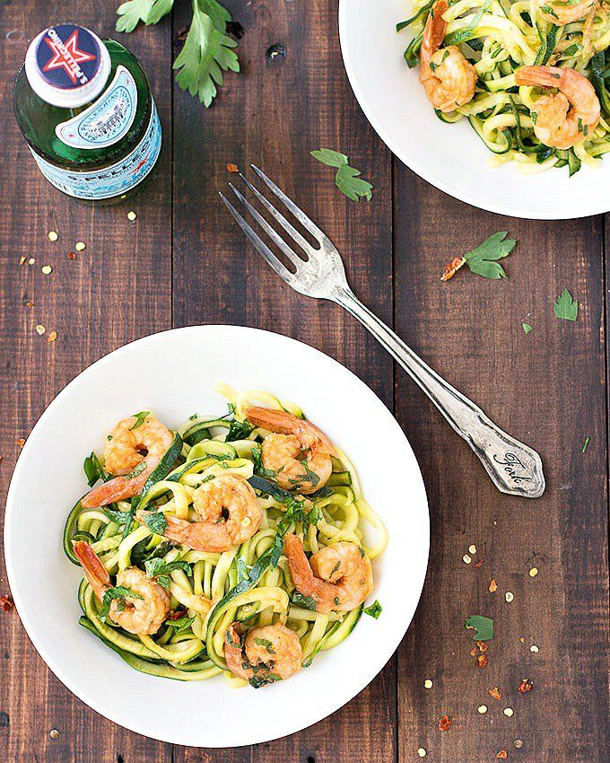 Zucchini noodles with garlic shrimp: an easy, healthy, low carb, and gluten-free meal that takes only 20 minutes to throw together. #zucchini #noodles #zoodles #glutenfree #healthyfood #healthyeating #healthyrecipes #shrimp #lowcarb #easyrecipe | aseasyasapplepie.com via @easyasapplepie