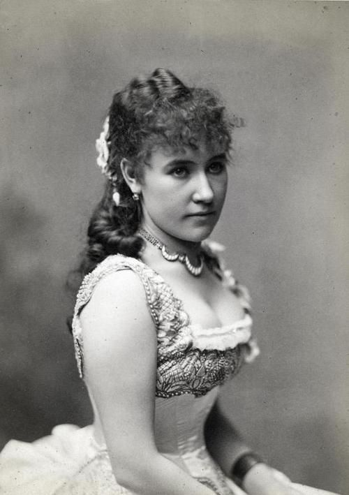"Bianca Bianchi as Violetta Valery in ""La Traviata"" by Giuseppe Verdi, sometime after 1880.."
