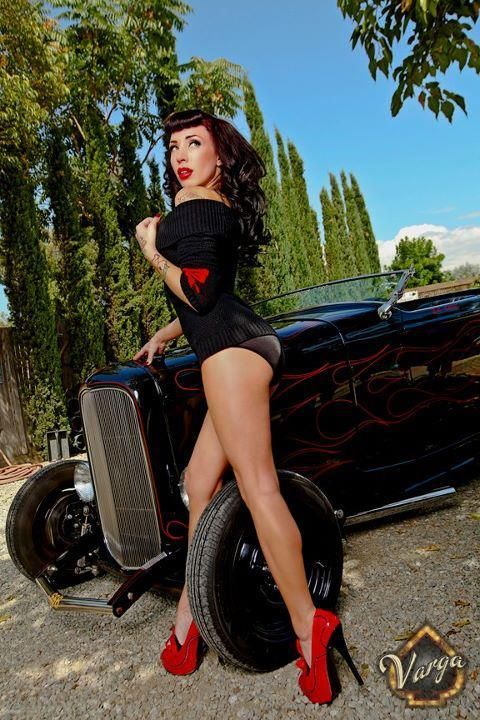 bodybuilder women hot rod