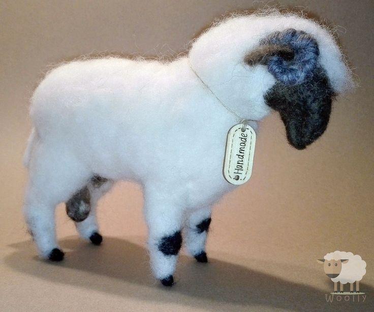 Tűnemezelt állatkák gyapjúból. Needle felted animals. #needlefelted #animals #sheep #wool #handmade