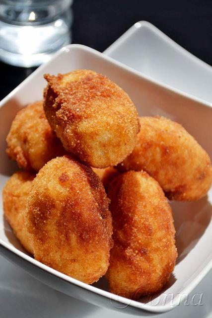 Sabor: Ρυζόμπαλες γεμιστές με κιμά / Fried riceballs stuffed with minced meat
