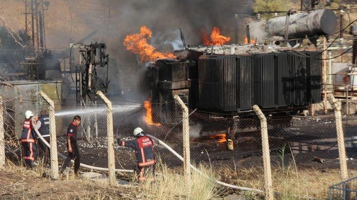 """Güvercinlerin neden olduğu yangın 2 saatte söndürüldü  """"Güvercinlerin neden olduğu yangın 2 saatte söndürüldü"""" http://fmedya.com/guvercinlerin-neden-oldugu-yangin-2-saatte-sonduruldu-h58234.html"""