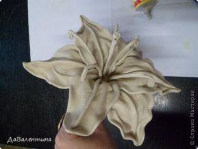 Как сделать цветы из кожи? Выкройки цветов из кожи?