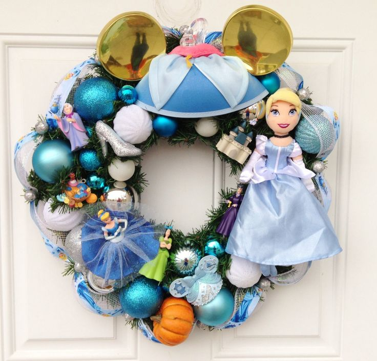 Cinderella+Disney+Princess+Wreath+by+SparkleForYourCastle+on+Etsy,+$164.00