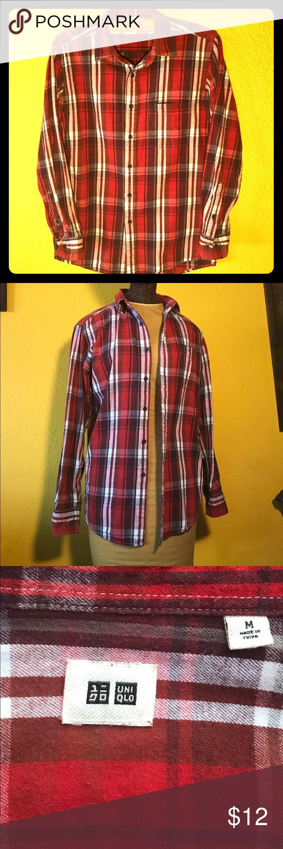 Red Uniqlo flannel 100% cotton button-down flannel by Uniqlo. Very gently used-excellent condition. No pilling, stains or signs or wear. Extra buttons attached to the tag. Uniqlo Tops Button Down Shirts