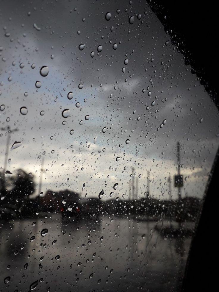 картинка дождя грусная какой была причина