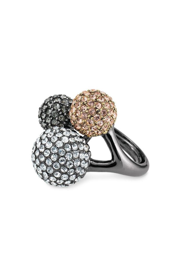 Black Diamond, Glass & Crystal #Cocktail #Ring   Soiree Trio Ring #sdNightOut