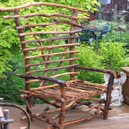 садовая мебель из дерева — кресло из веток