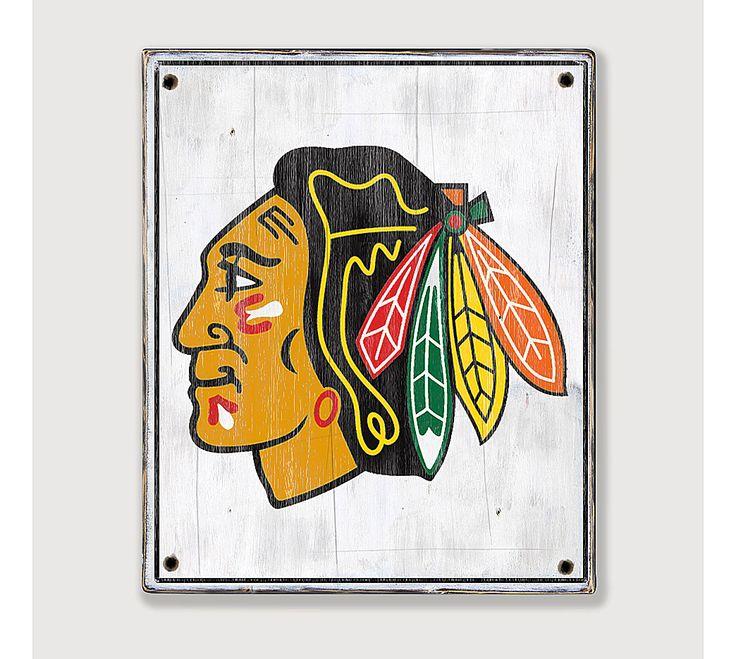 17 best ideas about sports bar decor on pinterest for Chicago blackhawk bedroom ideas