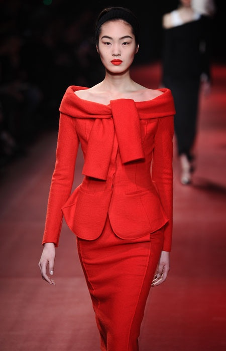 Paris FW: El rojo fue la estrella de la colección Nina Ricci #ParisFW Lo mejor de la noche en: http://www.wapa.pe/moda/2013-03-01-paris-fw-el-rojo-fue-la-estrella-de-la-coleccion-nina-ricci