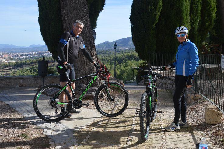 En Alcoy puedes alquilar tu bicicleta Scott en Bikespain, consulta su web.