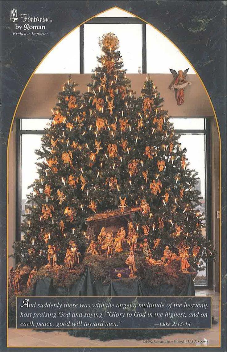 "#Fontanini #Christmas #Tree-- a true classic! Recreate this look using 3.5"" or 5"" Nativity figures in your tree. Add more flair by adding lights and a tree topper. Showcase your stable by placing a dressed up table in front of the tree."