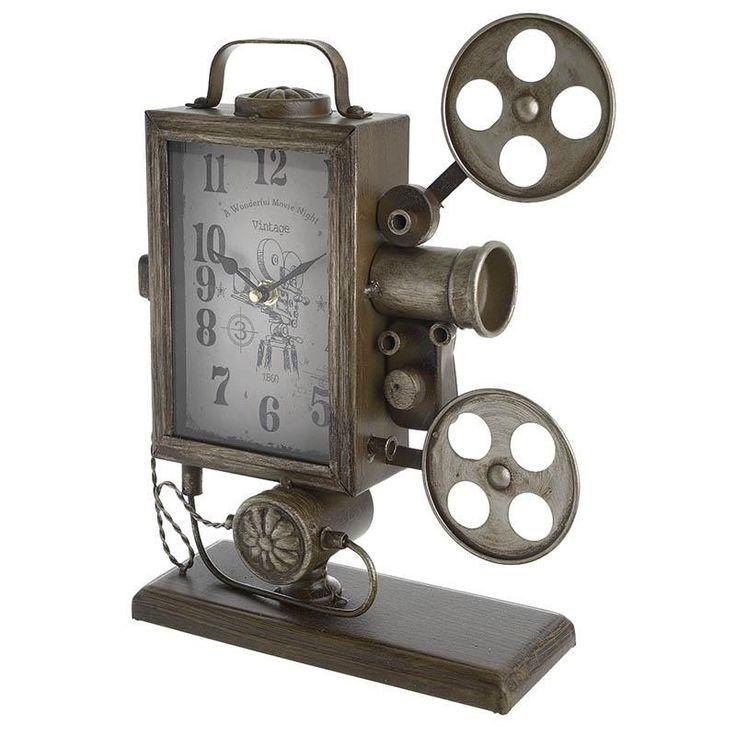 Метален настолен часовник в цвят антично злато и във формата на старовремска камера. #декорация #декорациянадома