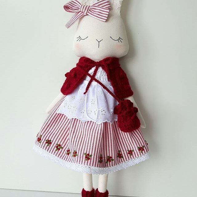 Hope you all having a wonderful weekend! Finally finished and listed in my Etsy shop! * * * #fabricfordolls #heirloomdoll #lovehandmade #clothdoll #craft #handmade #textiledoll #bunnydoll #softtoy #babygifts #bunny #nursery #kids #dolls #magicofchildhood #handmadeisbetter #babyshower #roomdecor #instamum #etsyfinds #shopsmall #mum #sewing #momswithcameras #interiors