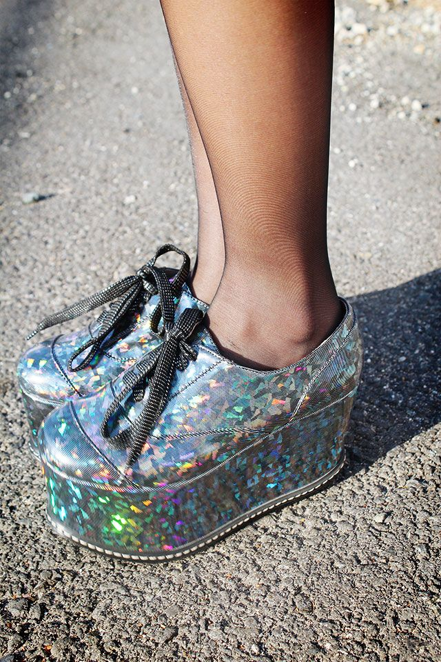 Where the BLEEP can I find these? Holographic flatforms - amazing!