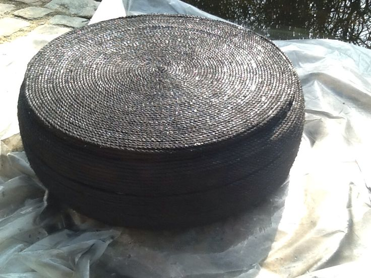 Pouf / ottoman, made with tire and 100 meters 6 mm rope