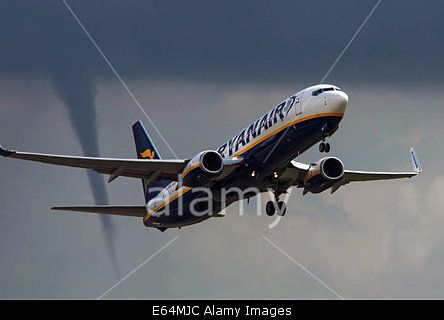 East Midlands Airport, UK. 14th Aug, 2014. Weather: A #Tornado following #Ryanair fight as it takes off at Eastmidlands airport on route to Palma © Russ Greenwell/Paul King/Alamy Live News