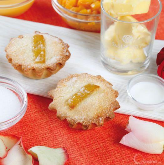 Pasticciotti con crema e bergamotto candito