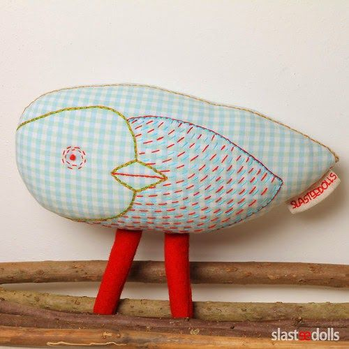 Czech  artist  Inna Slastenová  sews  beautiful  toys  of  textile,  gentle  friends  of the forest , created by  hand embroidery . Inna  al...