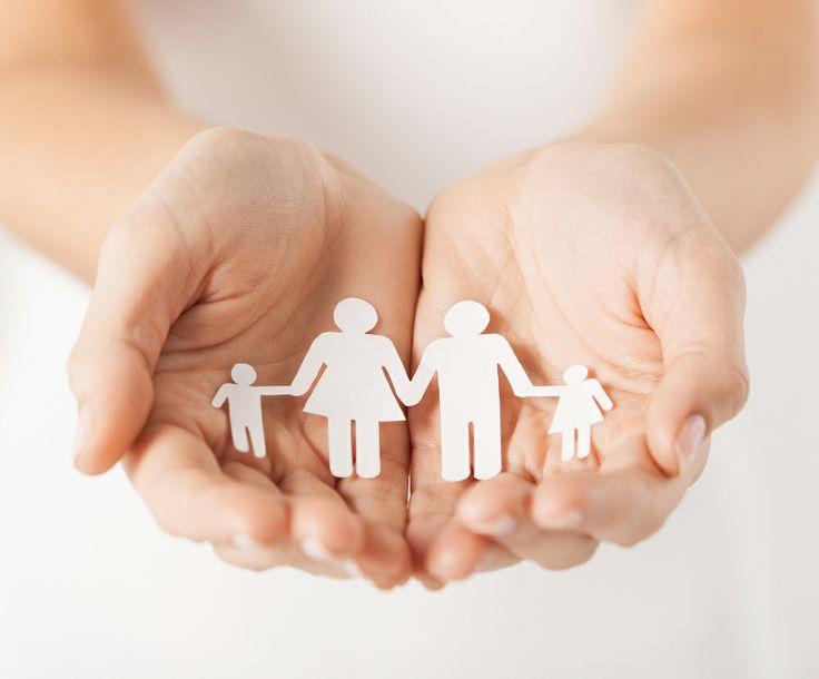 Děti Chcete zvýšit výživné na dítě? Chcete požádat o snížení výživného na dítě? Potřebujete upravit styk s dítětem? Rádi Vám poradíme a vytvoříme pro Vás: - návrh dohody o jeho zvýšení/snížení, případně sestavíme žalobu a zastoupíme Vás v řízení před soudem. - dohodu o úpravě styku s dítětem   - návrh o péči o nezletilé dítě. Naše kancelář má také zkušenosti s osvojovacím řízením a řízením o určení otcovství.