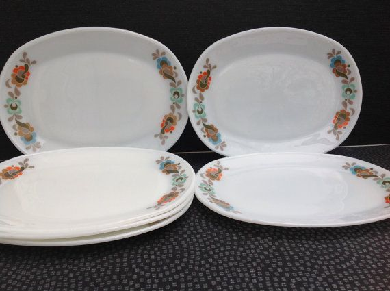 Carnaby Tempo oval Steak Plates 6 Dinner by Onmykitchentable
