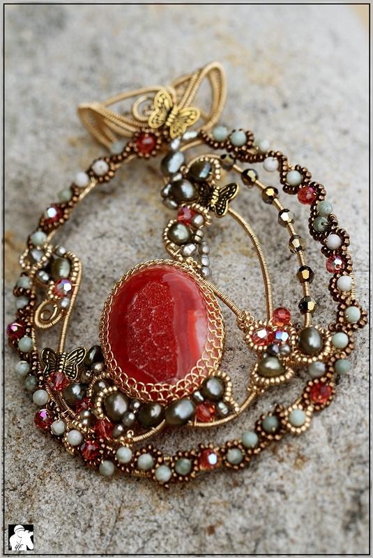 Elsyuki pendant