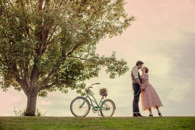 A two-part retro wedding inspiration shoot including ideas for an aqua and pink engagement and wedding | Brides & Dolls: bridesanddolls.com