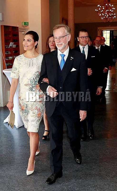 RoyalDish - Vic & Dan news - page 116
