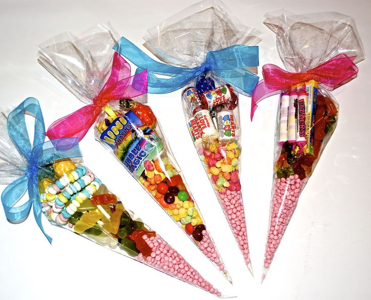 Large Clear Cellophane Sweet Cone Shaped / Party Bags / Favours / Display