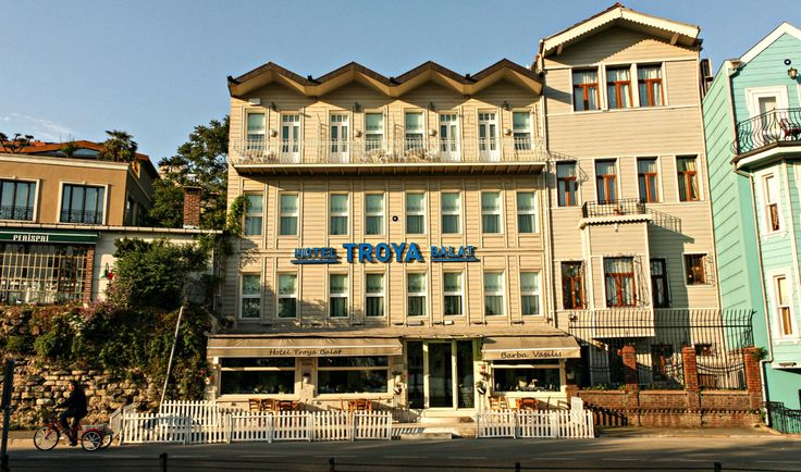 Troya Hotel Balat cephe görünümü Exterior view of the hotel: http://www.troyahotelbalat.com  #hotel #Istanbul #holiday