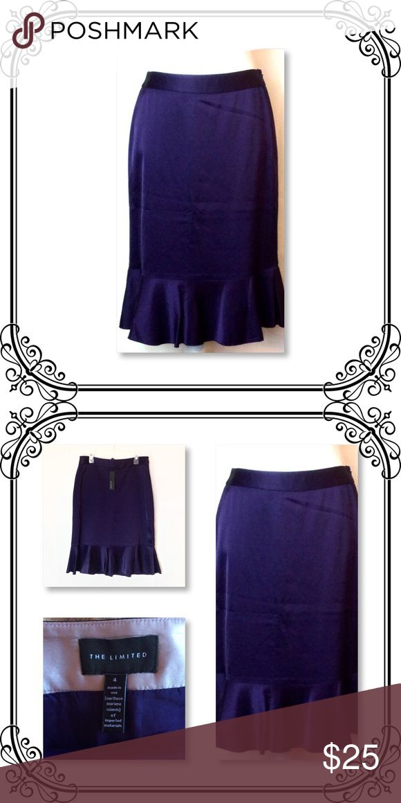 "Plum Color Skirt New with tag // waist to hem 25"" // size 4 // Side zipper // Outshell 84% acetate and 16% polyester // Lining 100% acetate // non stretch // true to size // The Limited Skirts"