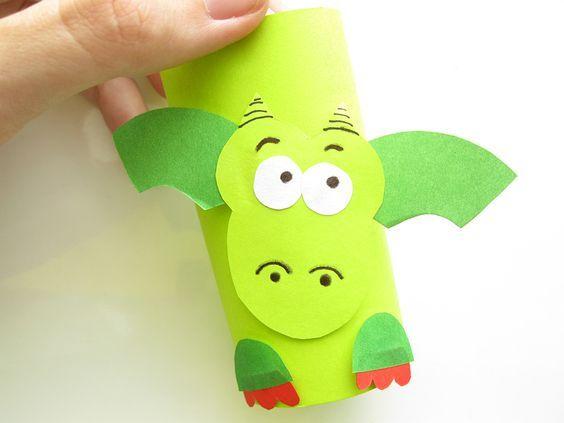 Feuerdrache aus papier mit kindern basteln kiga kinder for Drachen basteln im kindergarten