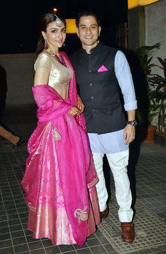 Soha Ali Khan & Kunal Khemus wedding reception Visit : https://www.pinterest.com/indiansareestor/