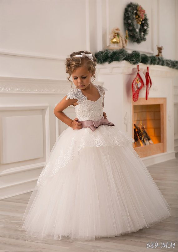 Please read our store policies before placing your order here https://www.etsy.com/ru/shop/Butterflydressua/policy  Gorgeous ivory flower girl